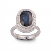 Ring with oval sapphire, white gold and diamonds - MMM-B-AN416ZAFF