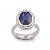 Ring with sapphire, white gold and diamonds - MMM-B-AN01ZAFF