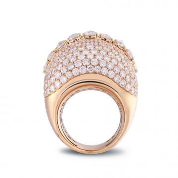 Anello con pavè di diamanti in oro rosa