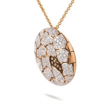 Necklace with pendant in rose gold and diamonds