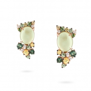 Earrings in rose gold with prehnite, green and yellow sapphires