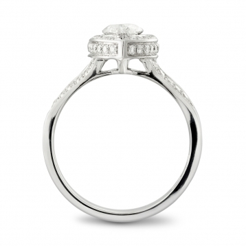 Ring in white gold with diamond Marquise cut