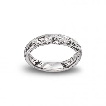 Anello fascia bassa oro bianco e diamanti