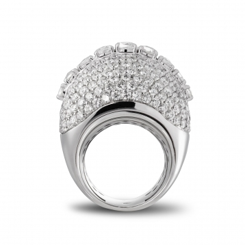 Anello con Pavé di Diamanti in oro bianco