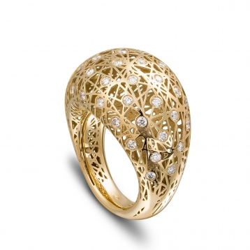 Medium rounded ring yellow gold and diamonds